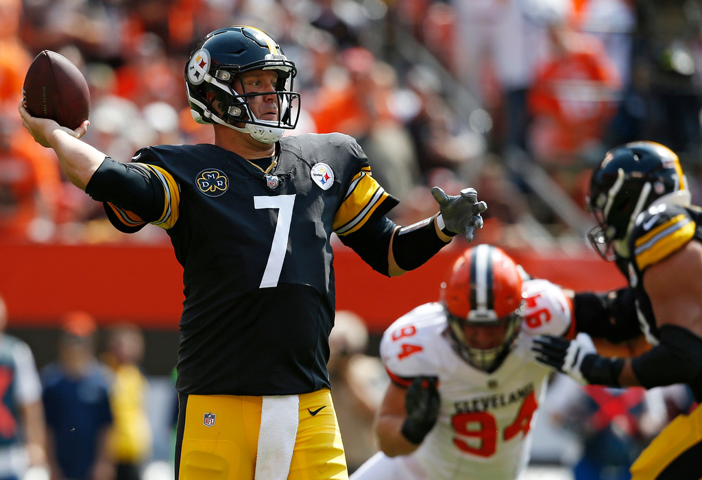 . Pittsburgh Steelers quarterback Ben Roethlisberger passes during the first half of an NFL football game against the Cleveland Browns, Sunday, Sept. 10, 2017, in Cleveland. (AP Photo/Ron Schwane)