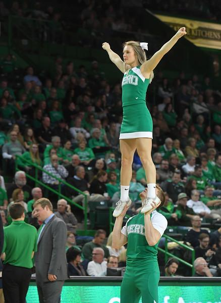 cheerleaders1059.jpg
