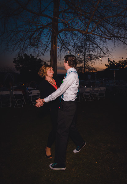 T and K Reception 3 (137 of 321).jpg