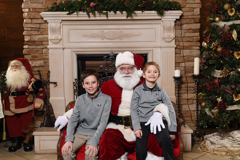Santa2018.TylerBoye.-34.jpg