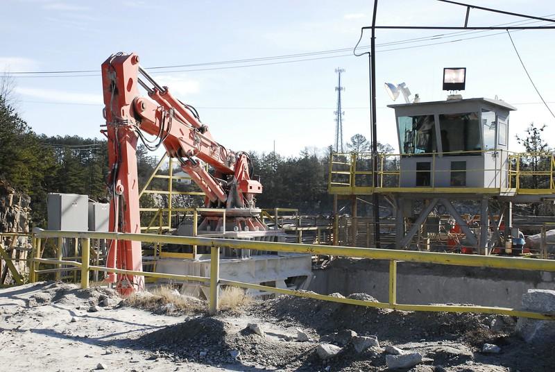NPK B7500 pedestal boom with GH10 enviro - Vulcan Materials - Lithia Springs Quarry, GA  1-18 (7).JPG