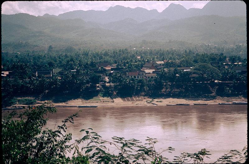 LaosCanada1_024.jpg
