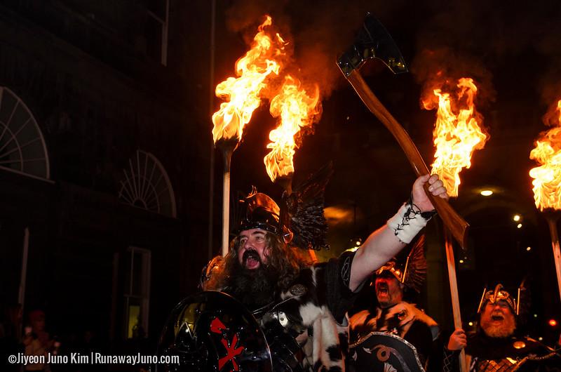 Scotland-Edinburgh-Torchlight Procession-9323-2.jpg