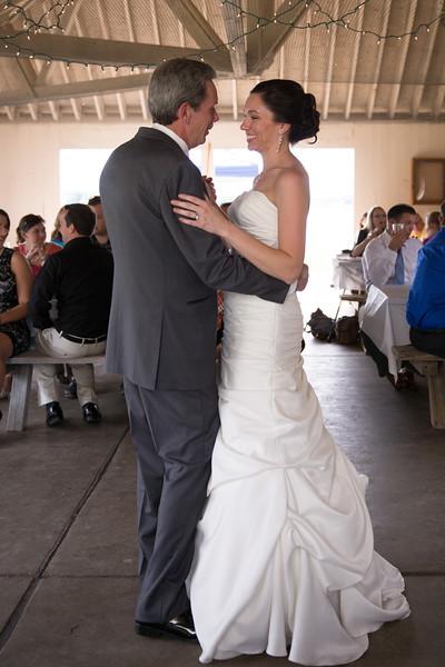 bap_schwarb-wedding_20140906153647PHP_0335