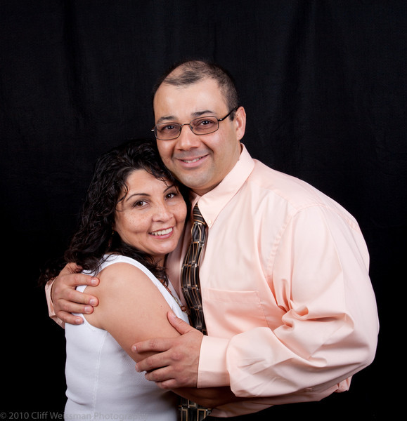 Fuentes Family Portraits-8551.jpg