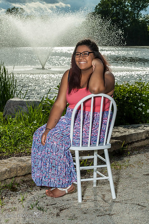 Senior Class Photos - Talaya S [d] June 20, 2017