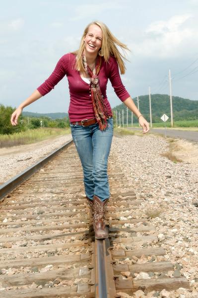 019 Shanna McCoy Senior Shoot - Train Tracks.jpg