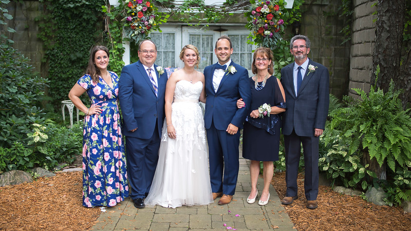 Garrett & Lisa Wedding (541).jpg