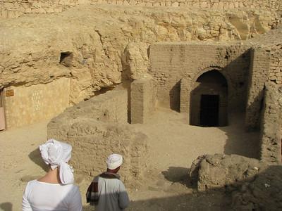 0405 Thebes, Deir el-Medine