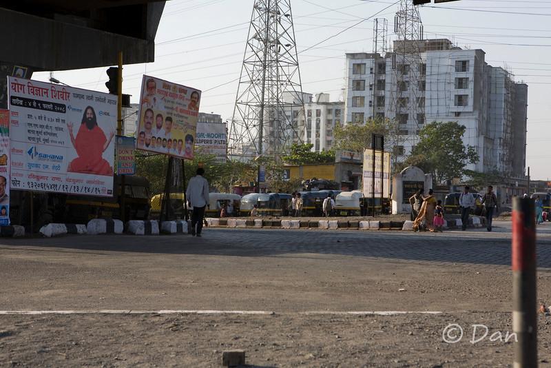 local street scene in Navi Mumbai (New Bombay)