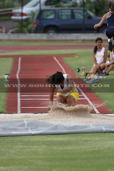 041510 GIRLS LONG JUMP