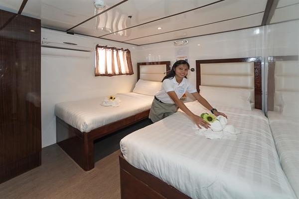 Twin Cabin Upper Deck.jpg