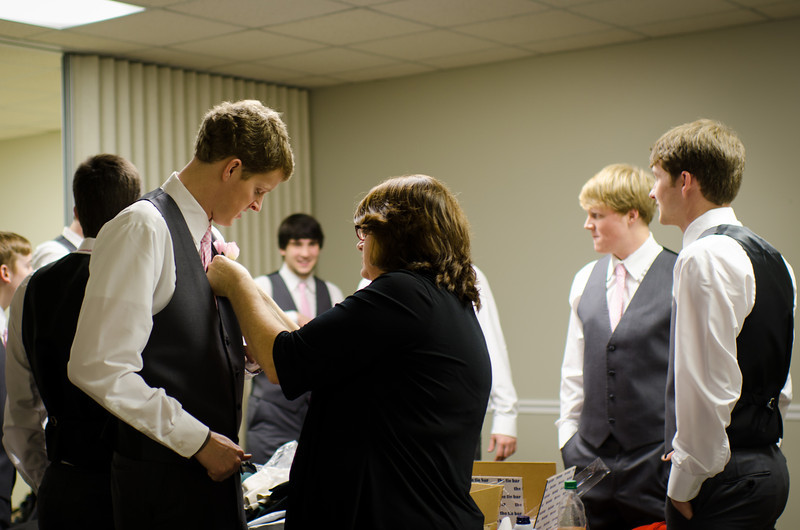 Grace and caleb farr wedding 2014-43.jpg