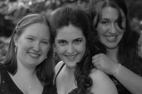 Hannah and Friends - Prom 2007