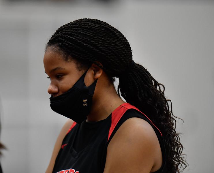 2021-02-17-JFBasketballSRgirls-00617.jpg