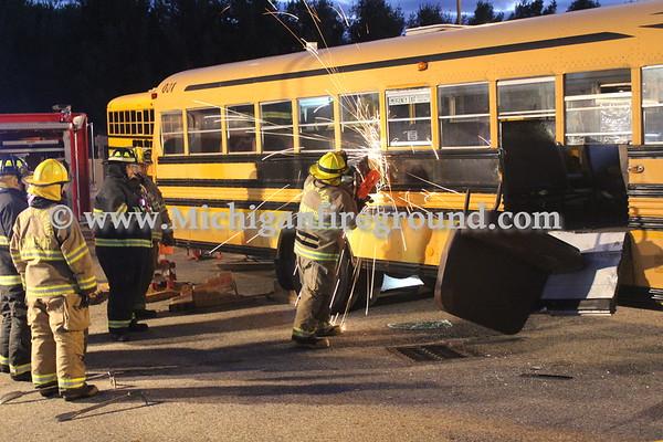 10/15/18 - Eaton Rapids bus extrication training
