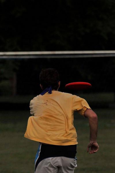 042409Ultimate Frisbee @ EARTH153.jpg