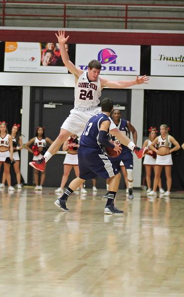 GWU Mens Basketball defeats Longwood 76-65 Saturday night, in the Paul-Porter Arena.