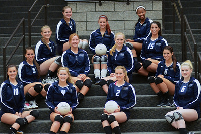 Volleyball Seniors and Team picture