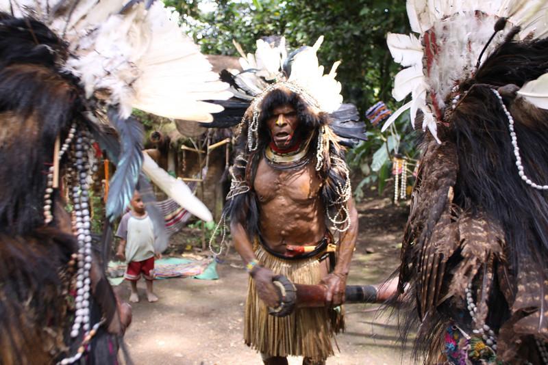 Hela tribesmen