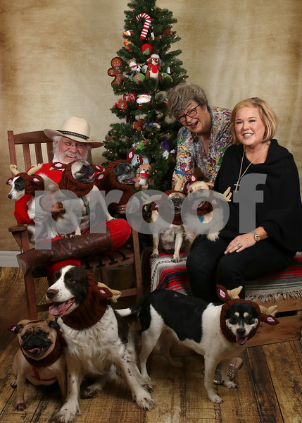 Santa Portraits - Mike's Dog Store