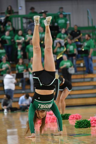 cheerleaders3324.jpg