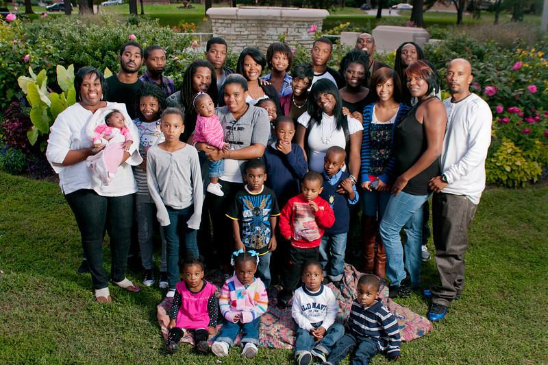 20110925-Peaches Family-6336.jpg