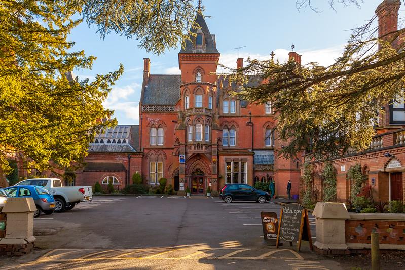 The-Bestwood-Lodge-Hotel-Nottingham-Tom-Gallagher-1.jpg