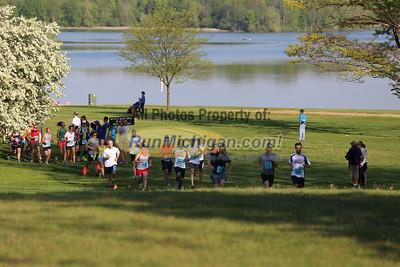 Half Marathon Start Wave 3 - 2013 Back to the Beach