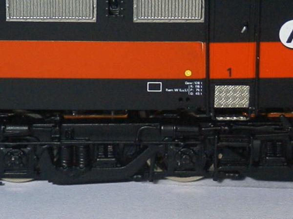 philotrain 870-24-8 1255 ACTS zwart detail zij.JPG