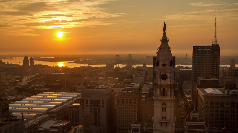 Philly wide sunrise 2086 2-.jpg