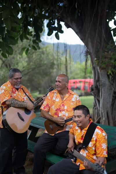 Smiths-Luau-Kauai-10.jpg