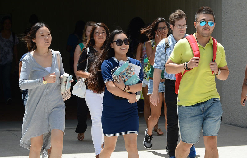 students-walk-to-and-from-classes_15015295798_o.jpg