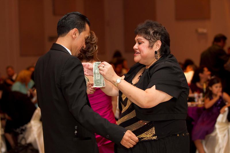 2011-11-11-Servante-Wedding-513.JPG