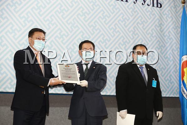 Нам, эвсэлд Монгол Улсын их хурлын 2020 оны ээлжит сонгуулийн батламж олголоо