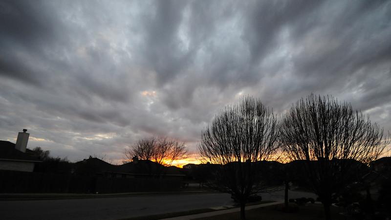 2008-01-20 Sunset in neighborhood