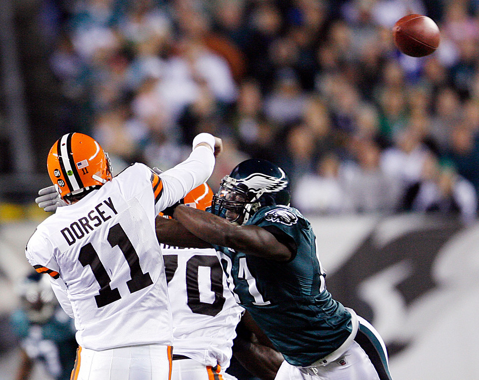 . Associated Press file Ken Dorsey, shown throwing under pressure from the Eagles� Chris Clemons on Monday, has not been able to help a woeful Browns� offense this season.