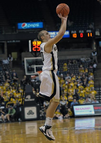 Chase Fischer jumper 02.jpg