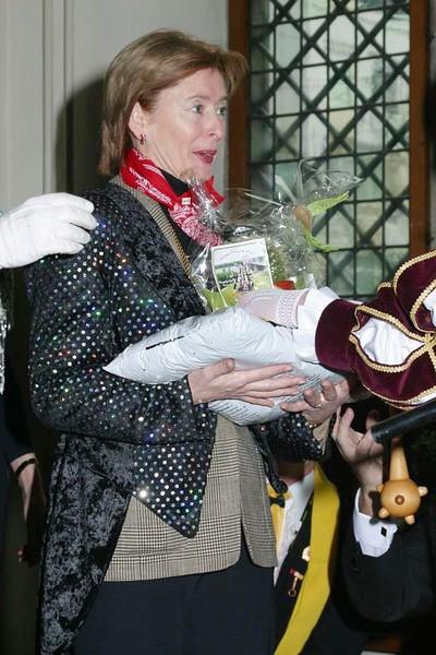 Sleuteloverdracht met burgemeester Guusje ter Horst