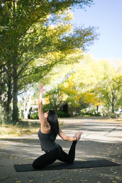 Toni Kuhn Yoga Photography Pine Mountain Club-60.jpg