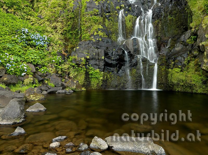 16AFL-4-60 - Wasserfall Poco do Bacalhau