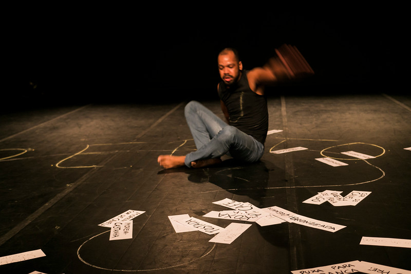Allan Bravos - Lentes de Impacto - Teatro-725.jpg