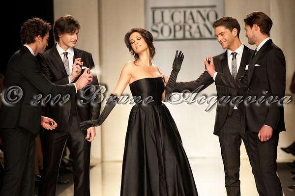 Luciano Soprani - Milano Moda Donna '09
