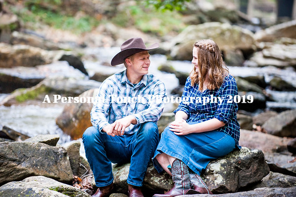 Luke and Autumn engagement pictures 10-2019