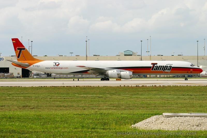 HK-3786-X. Douglas DC-8-73CF. Tampa Cargo. Miami. 060903.