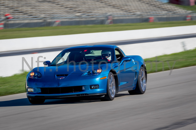 Flat Out Group 1-430.jpg