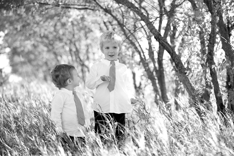 10bw Jacob+Wyatt | Nicole Marie Photography.jpg