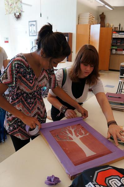 Lutheran-West-Art-Class-Silk-Screen-T-Shirts--September-2012--11.JPG