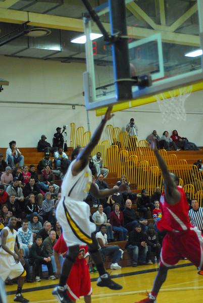 20090301_MCC Basketball_5700.JPG