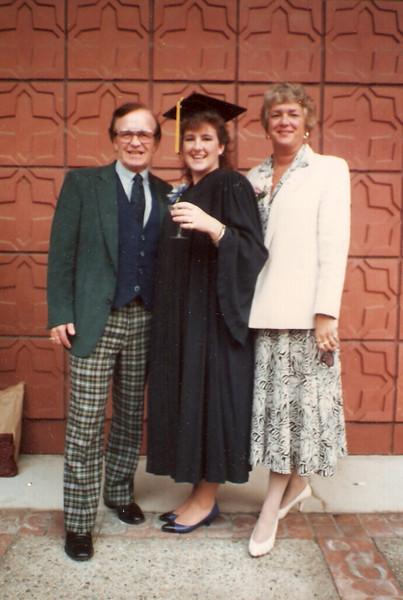 19-1988, Roberts family, Berkeley.jpg